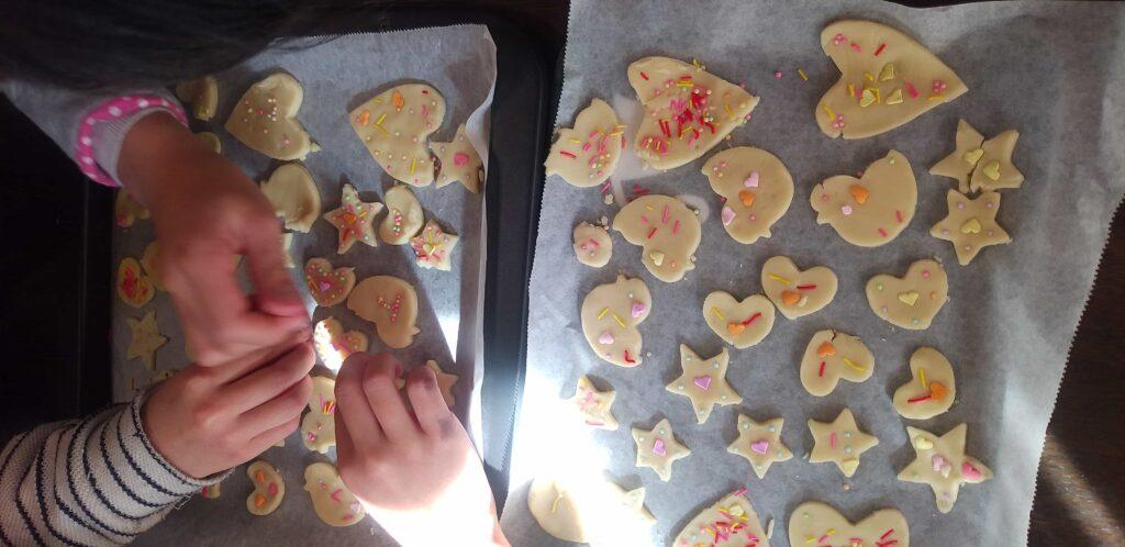 室内で子供と出来る遊び クッキー